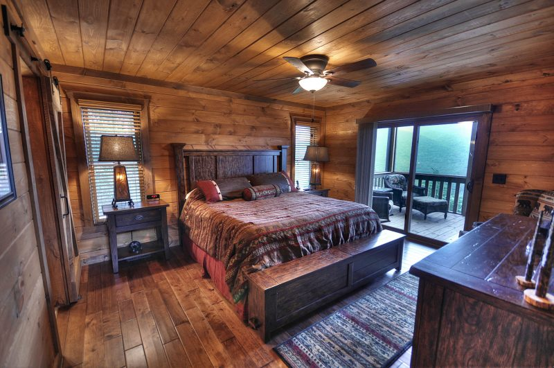 Chalet Schlafzimmer Holz Boden Wand Dachverkleidung