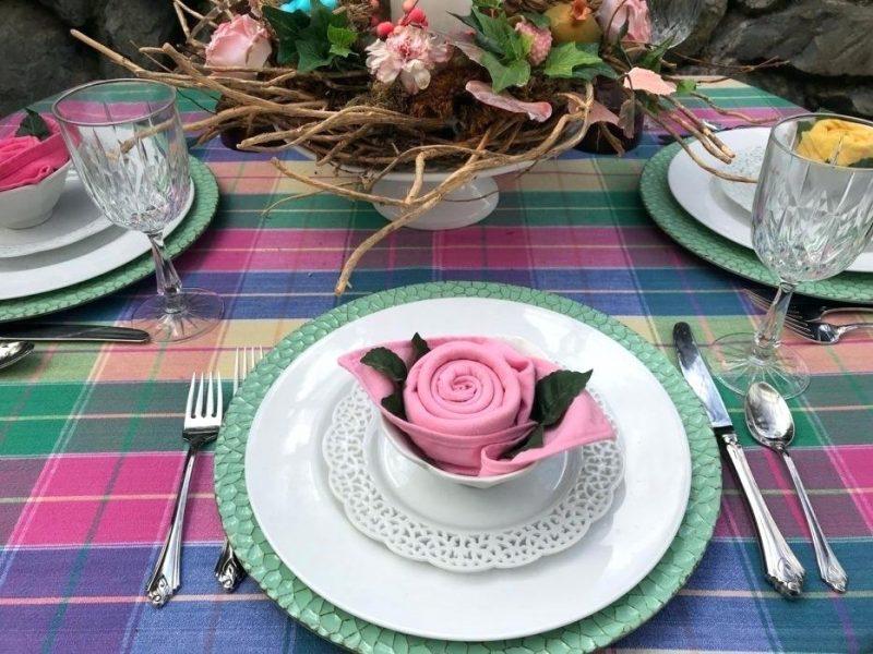 Servietten falten einfach und wirkungsvoll Rose originell