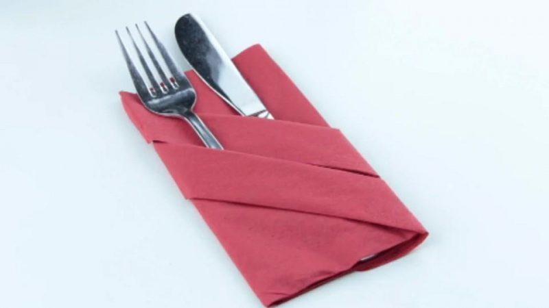 Servietten falten einfach und wirkungsvoll Bestecktasche