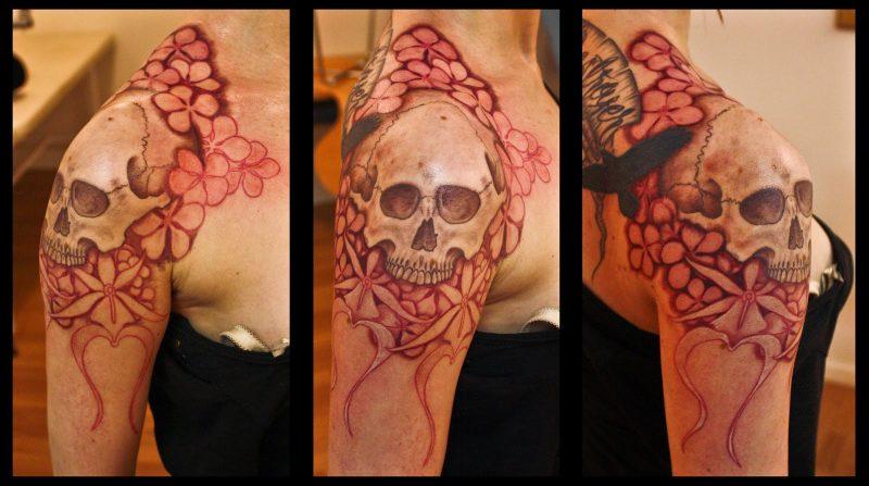 Schädel Tattoo tolles Design Frau