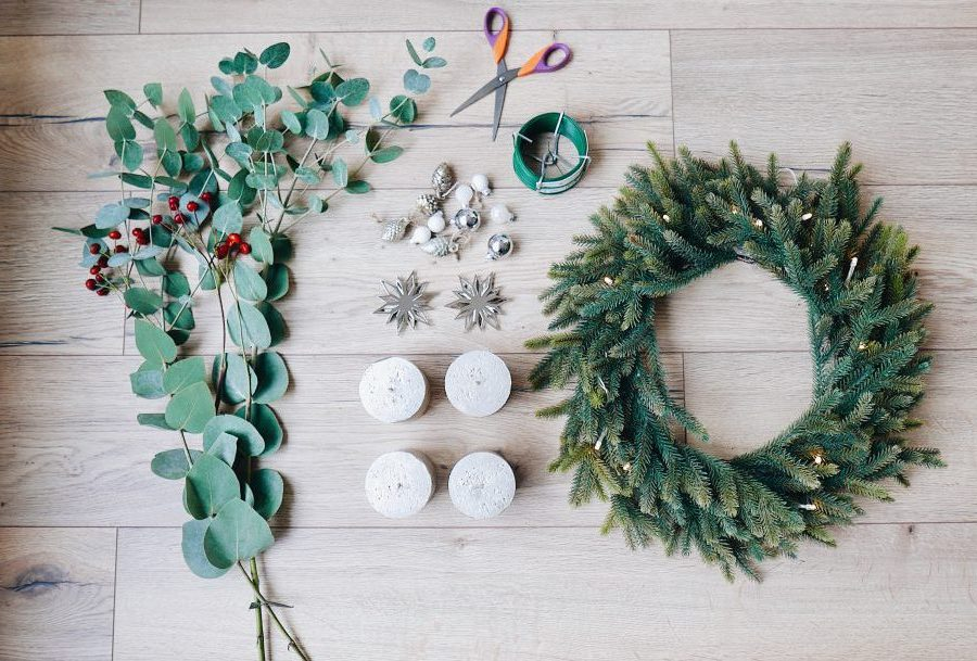 Adventskranz modern selber machen: DIY Anleitung