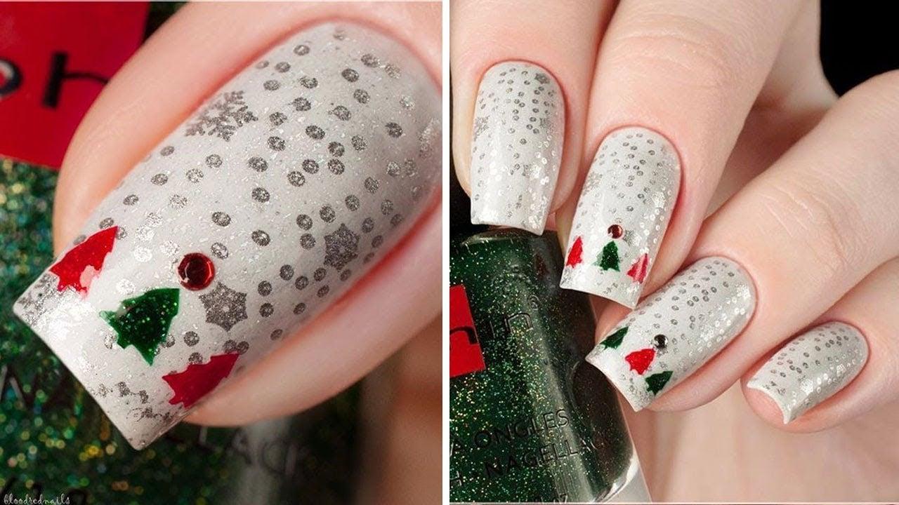 Nageldesign Weihnachten in typische Farben Rot Grün und Grau