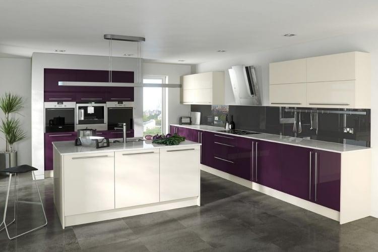 Aubergine Farbe Küchenfronten
