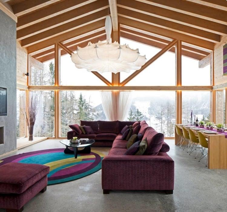 Aubergine Farbe Wohnzimmer Polstersofa