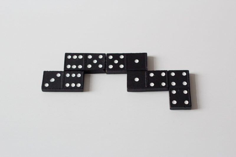 Spiele selber machen zu Silvester Domino