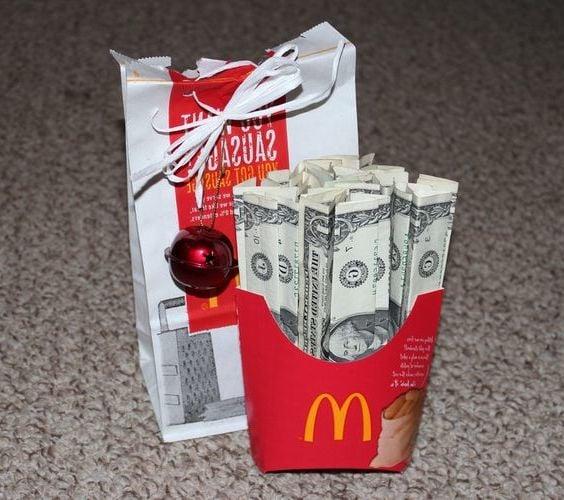Kennst du McDonald's Fans? Überraschen Sie Ihre Freunde mit Geldgeschenke zu Weihnachten!