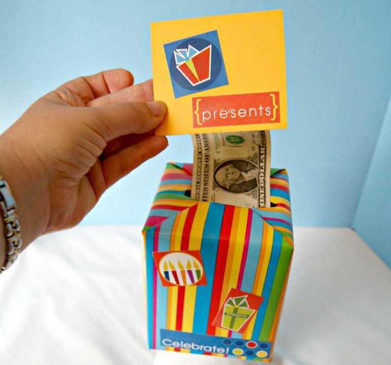 Sie haben keine Idee für Weihnachtsgeschenke? Hier finden Sie kreative Weise für Weihnachtliche Geldgeschenke.