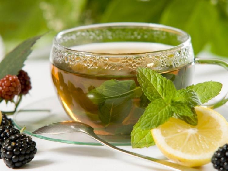 Maske gegen Mitesser mit grünem Tee