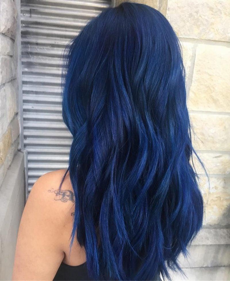 türkise Haare lang modern intensive Farbe