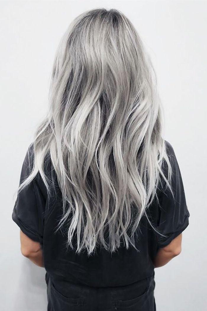 silber Haare färben Langhaarfrisur