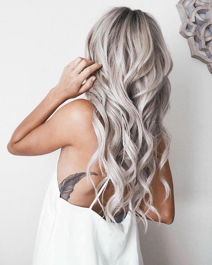silber Haare färben stilvoll und romantisch