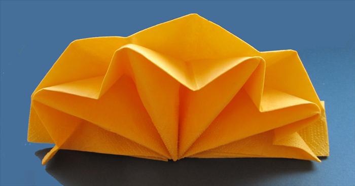 Servietten falten Stern doppelt Papier gelb