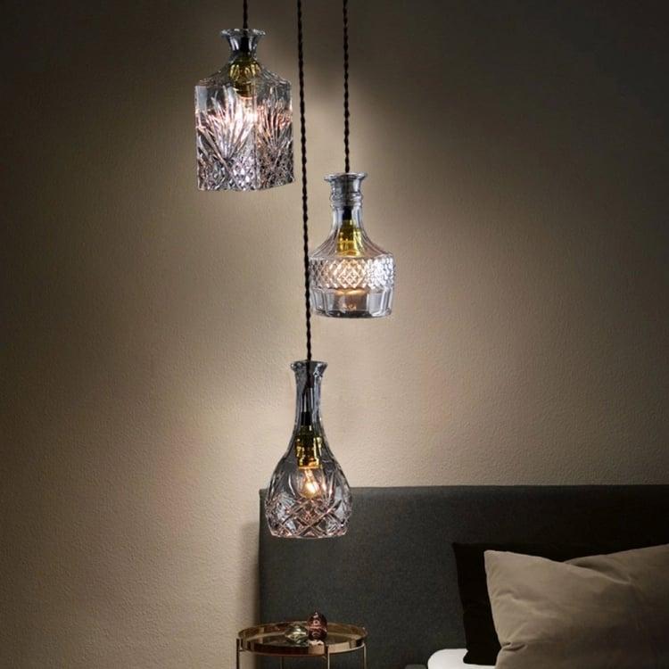 Lampe aus Flaschen Kristallflaschen verwenden