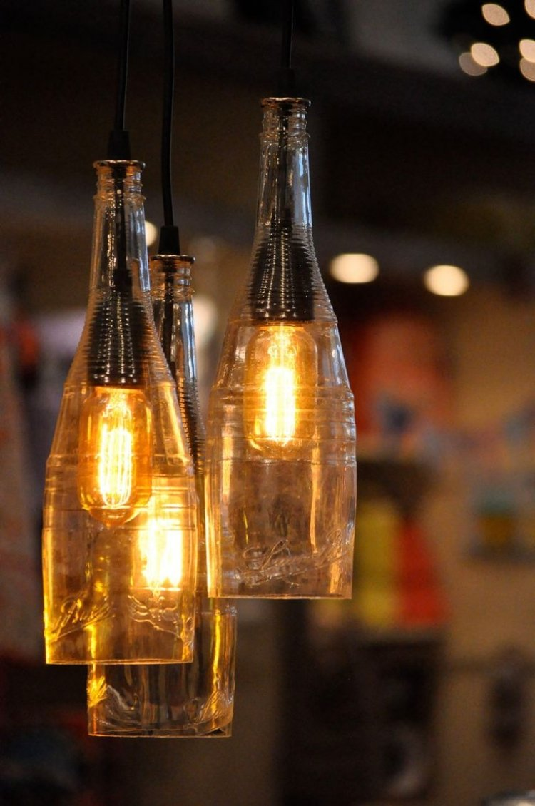 Lampe aus Flaschen selber machen romantischer Look