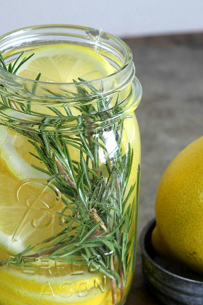 Weihnachtsgeschenke basteln für Erwachsene Raumduft Zitrone Rosmarin