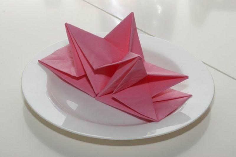Servietten falten Stern Papier rosa