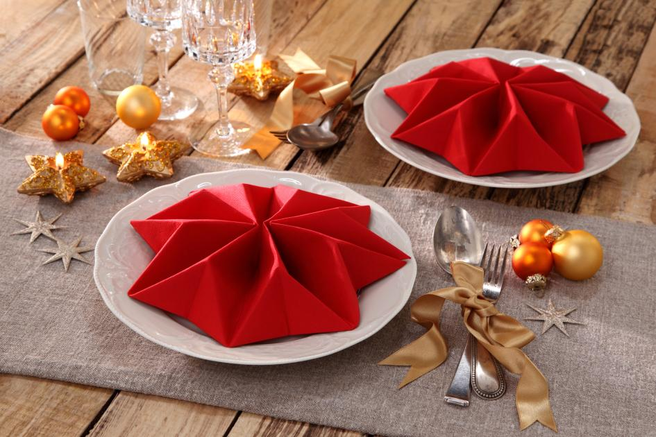 Servietten falten Stern festlich Tisch Weihnachten
