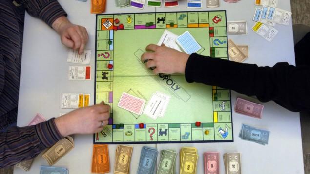 Spiele selber machen Tischspiele Monopoly Silvester