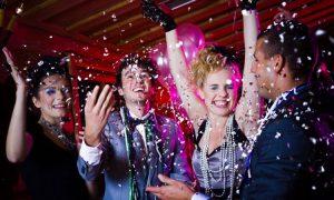 Spiele selber machen Silvesterparty Tanzen