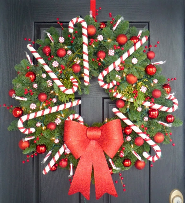 Weihnachtskranz Zuckerstangen rote Schleife