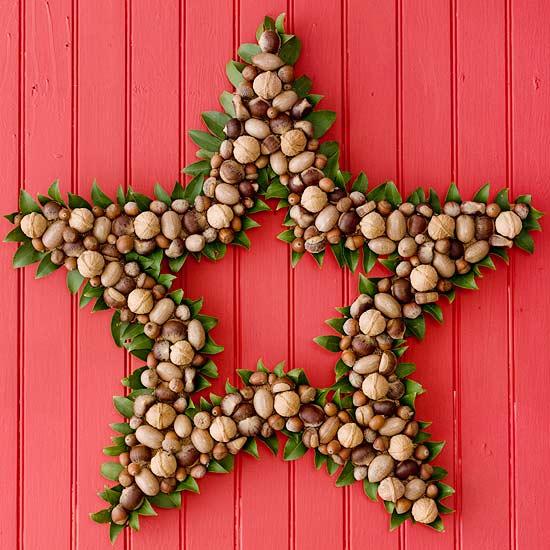 Weihnachtskranz sternförmig Nüsse