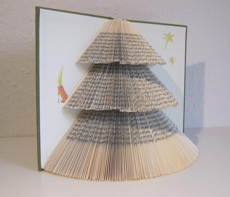 Tannenbaum basteln altes Buch originell
