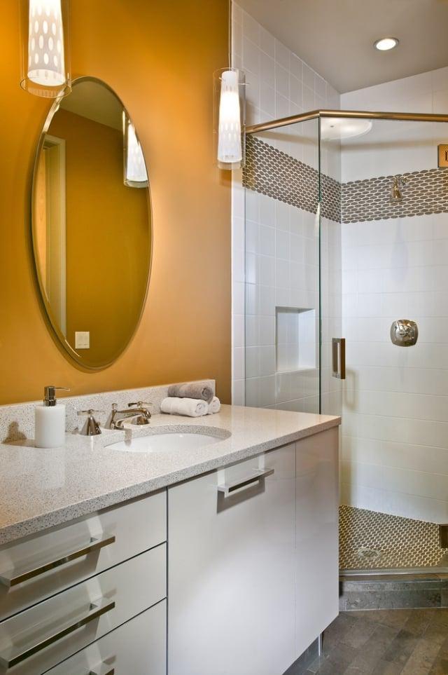 goldene Wandfarbe Badezimmer Tapete