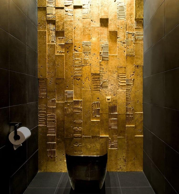 goldene Wandfarbe WC Akzentfliesen prächtig