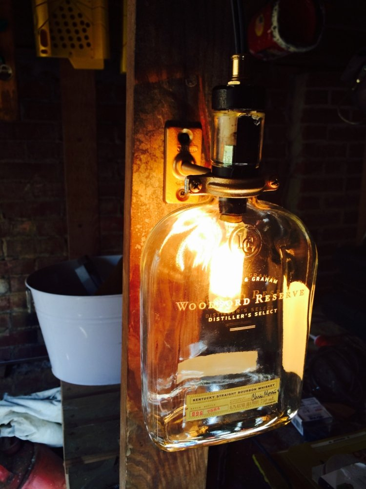 Lampe aus Flaschen tolle Wandleuchte