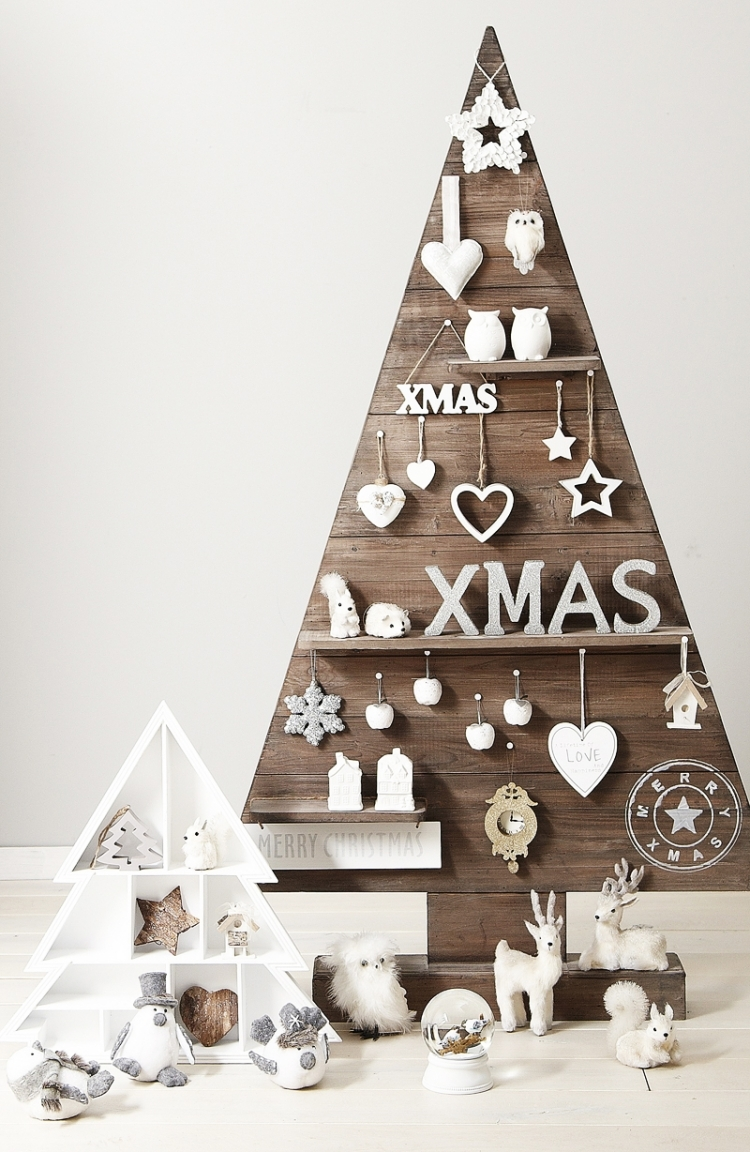 Weihnachtsdeko selber basteln Holz Weihnachtsbaum Holzbretter