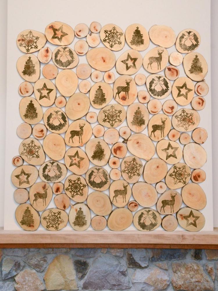 Weihnachtsdeko selber basteln Holz Holzscheibem Wanddeko