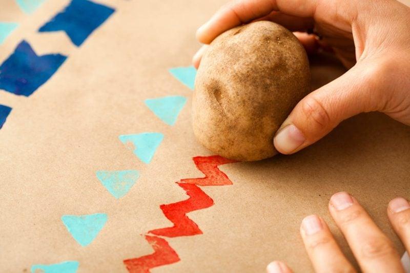 Weihnachtskarten selber basteln Kartoffelstempel DIY