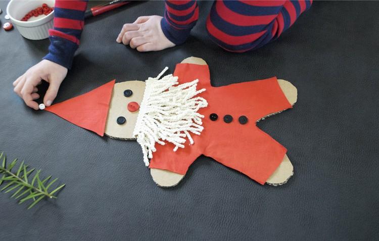 Weihnachtsmann basteln Figur Pappe