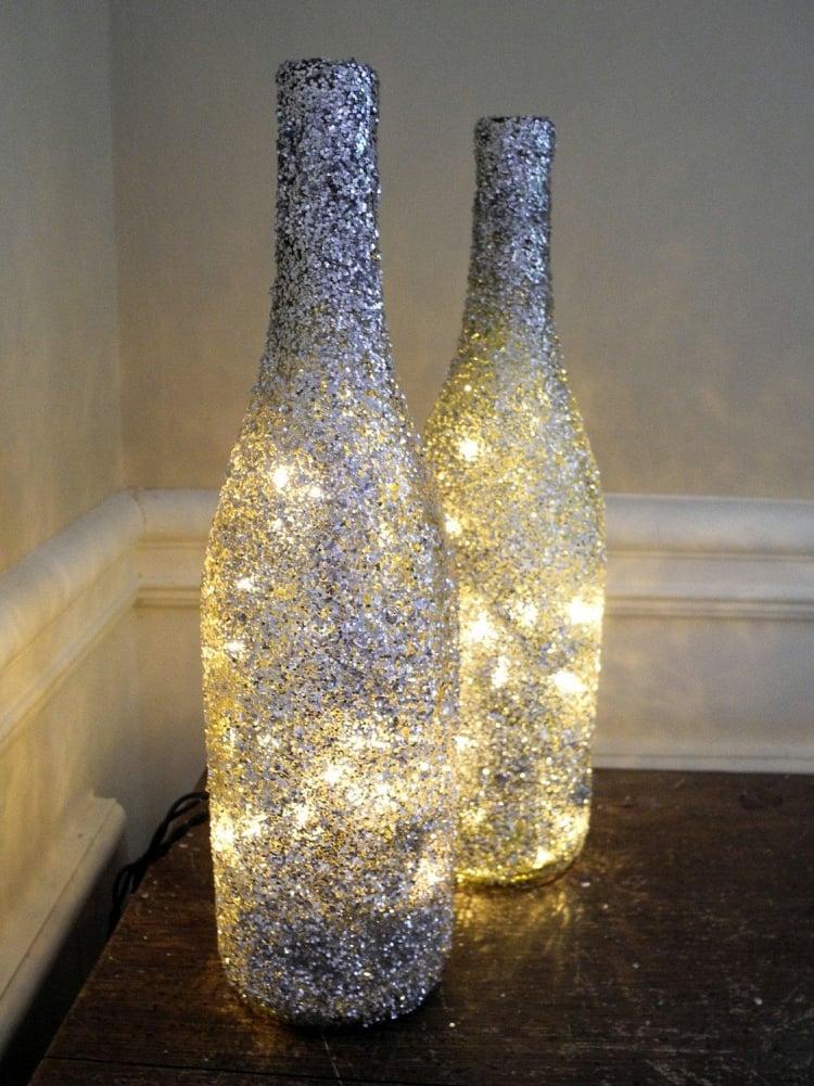 Lampe aus Flaschen Weinflaschen Glitzer Lichterkette