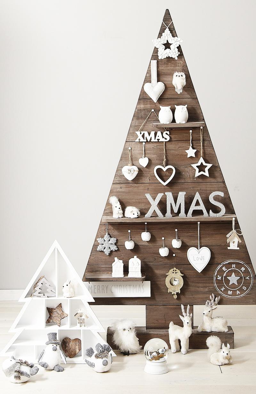 Trend für Weihnachtsdeko 2018 ist Holz Weihnachtsbaum