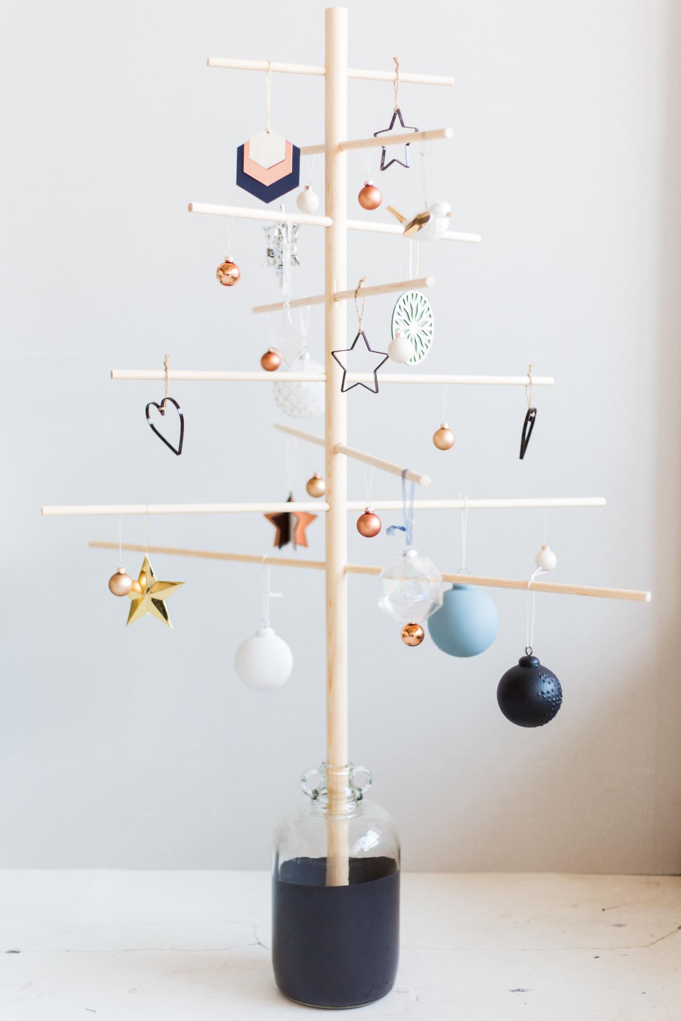 Holz Weihnachtsbaum selber basteln - DIY Anleitung
