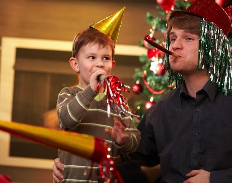 Spiele selber machen Silvester lustig Kinder