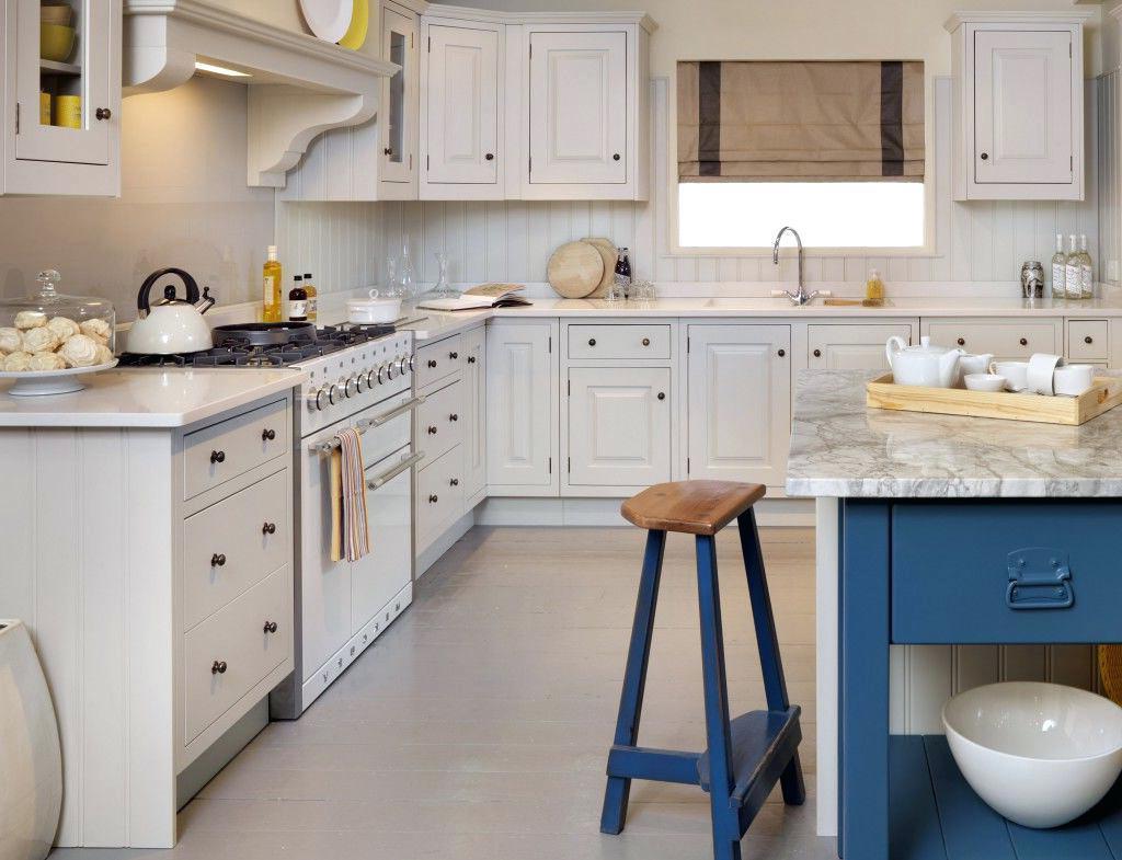 Elegante Shabby Küche und bunte Accessoires