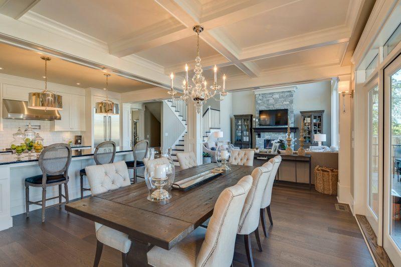 Schabby Möbel in der Küche und im Wohnzimmer
