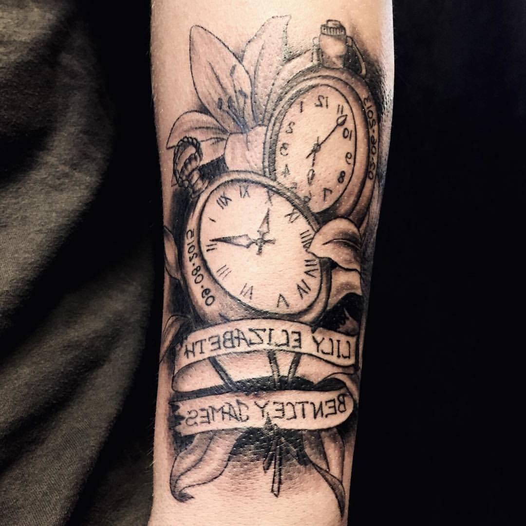 Tattoo Taschenuhr Blumen Tattoo Ideen