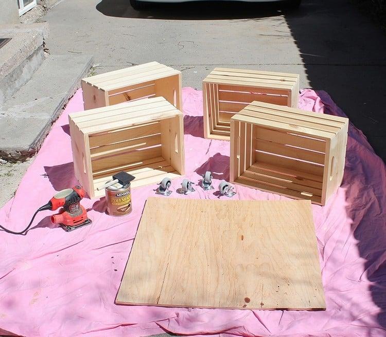Tisch aus Weinkisten bauen notwendige Materialien