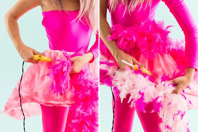 Flamingo Kostüm DIY Federn befestigen Heißkleber