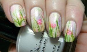 Nageldesign Frühling 2019 klassische Motive Gras Blumen