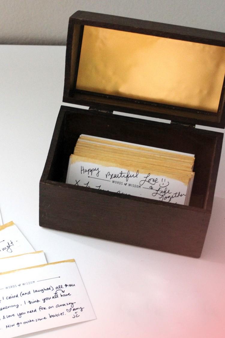 Gästebuch Hochzeit gestalten Karten Holzkiste