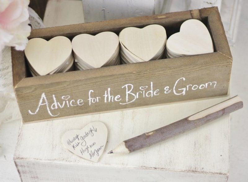 Gästebuch Hochzeit gestalten kleine Karten Herzform