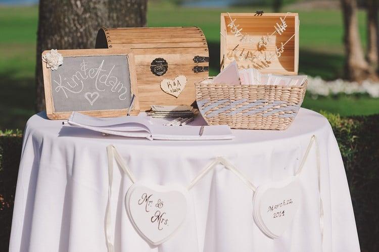 Gästebuch Hochzeit gestalten separaten Tisch