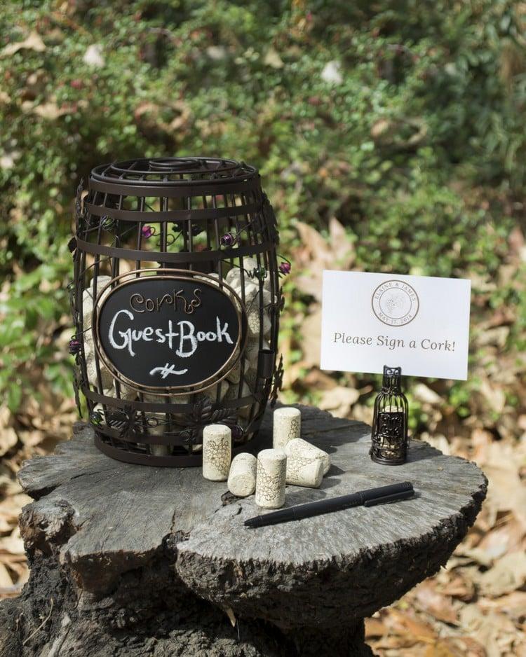 Gästebuch Hochzeit gestalten Weinkorken unterschreiben