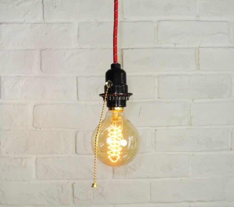 Lampe Glühbirne Kabel rot Vintage Look