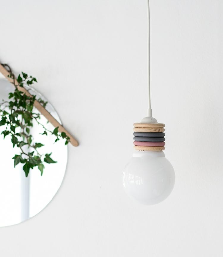 Lampe Glühbirne LED Holzringe skandinavisch