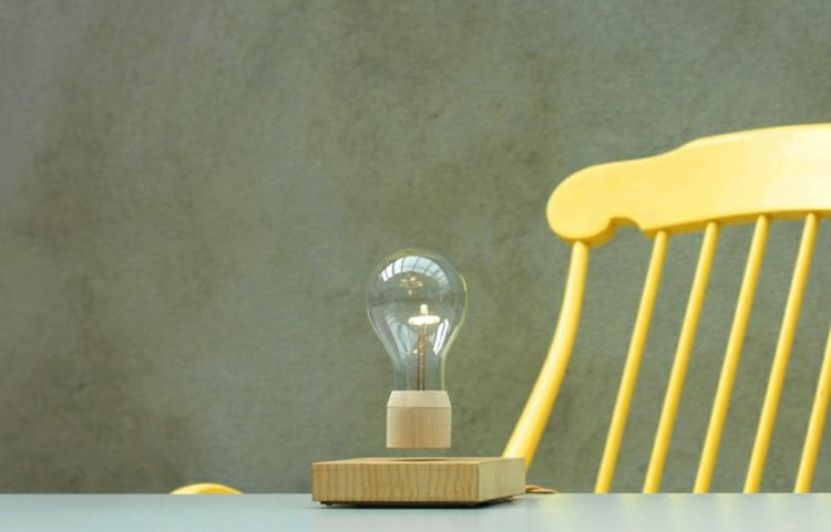 Lampe Glühbirne Magnet wirklich toll